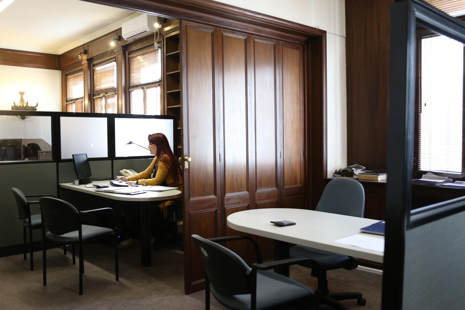 Descubr nuestras nuevas oficinas centrales rincon club for Ahorramas telefono oficinas centrales