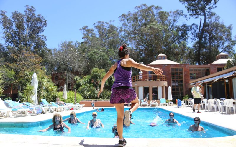 Juegos, deportes y actividades en la pile: recreación de verano en Rincón del Este